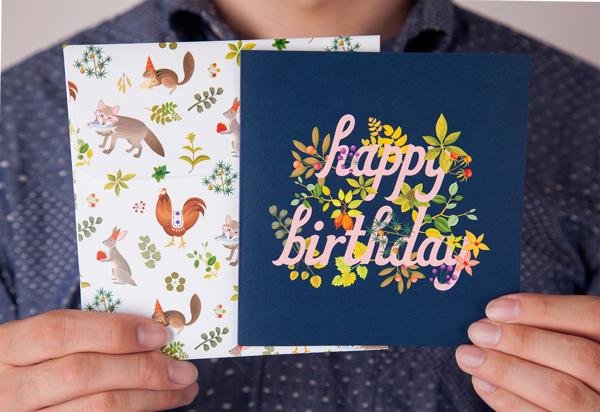 Diseña postales de cumpleaños originales y con chispa.